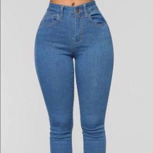 """never call me high rise jeans"" FASHION NOVA"